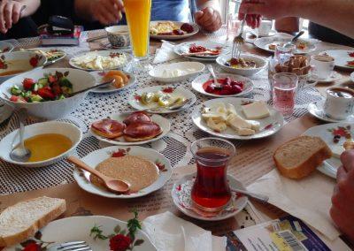Frühstück im Cafe Privato in Istanbul