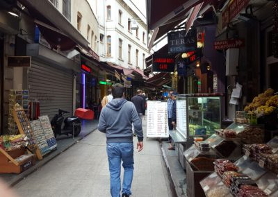 Laden in Istanbul