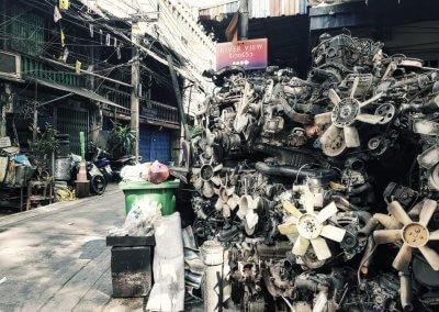 Alte Motoren in Bangkok