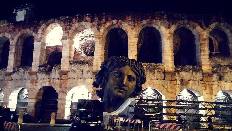 Arena Verona mit Kopf