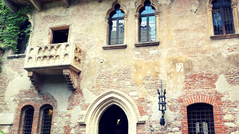 Balkon am Haus von Julia