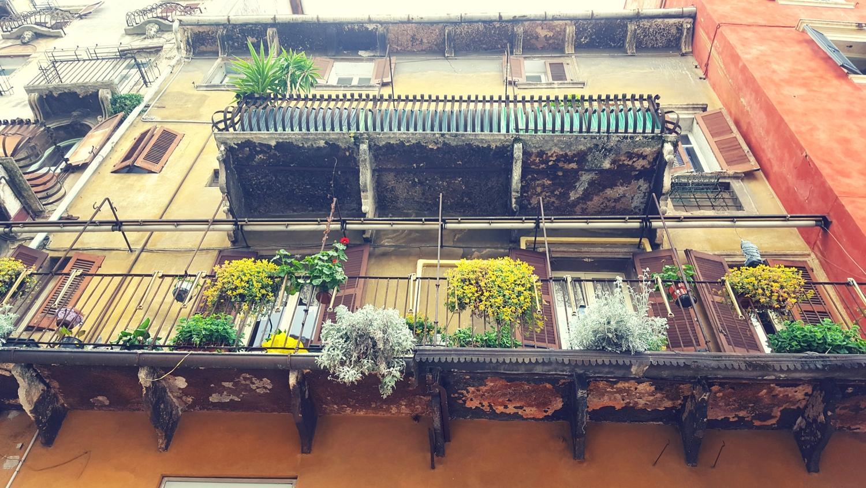 Balkon am Piazza del Erbe