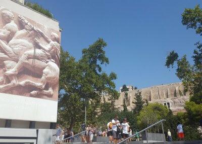 Blick vom Museum zur Akropolis