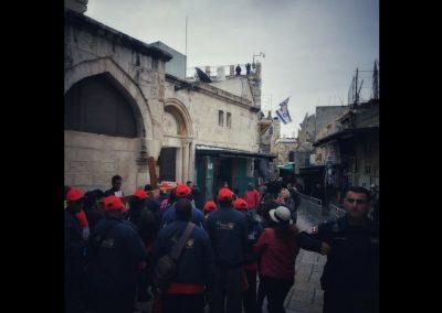 Pilger auf der Via Dolorosa