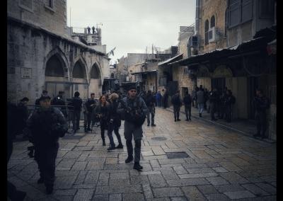 Soldaten an der Via Dolorosa
