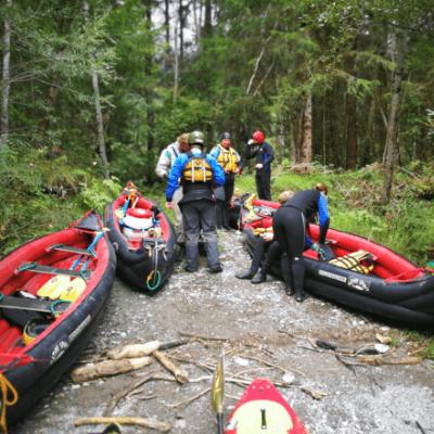 Einstieg in Lech mit Kayak mit Native Spirit