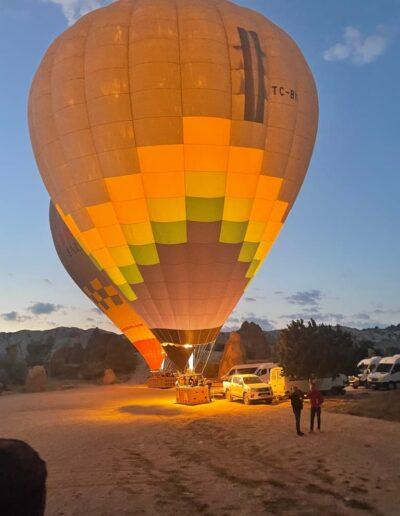 Heißluftballons starten in Kappadokien